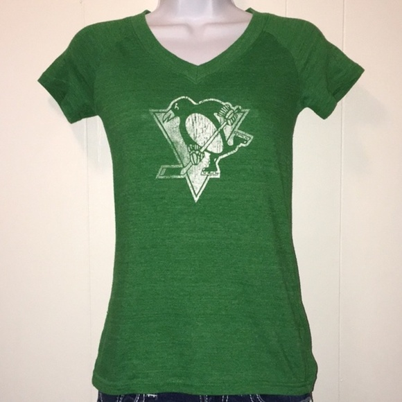 size 40 f92de d8744 Pittsburgh Penguins St. Patrick's Day hockey shirt